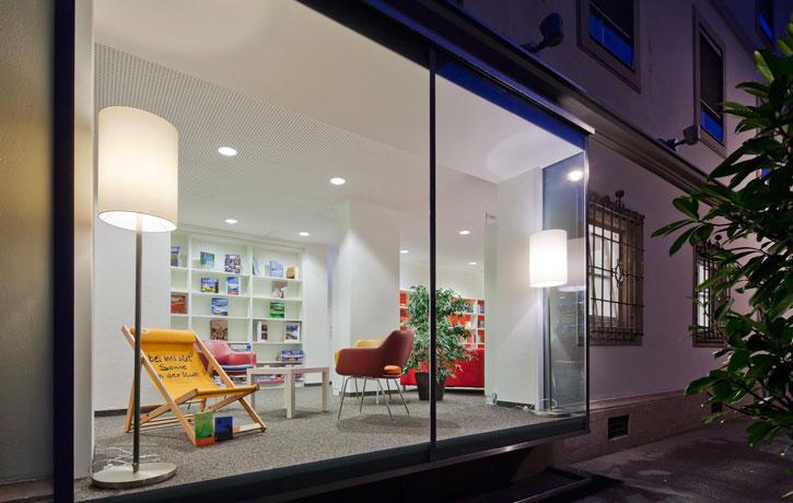 stahl t r alu fenster frey bau. Black Bedroom Furniture Sets. Home Design Ideas